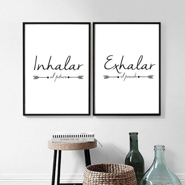 """Díptico con frases""""Inhalar, Exhalar""""."""
