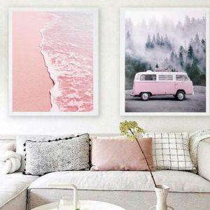 Cuadro decorativo para hogar. Díptico. Modelo caravana + mar en rosa.